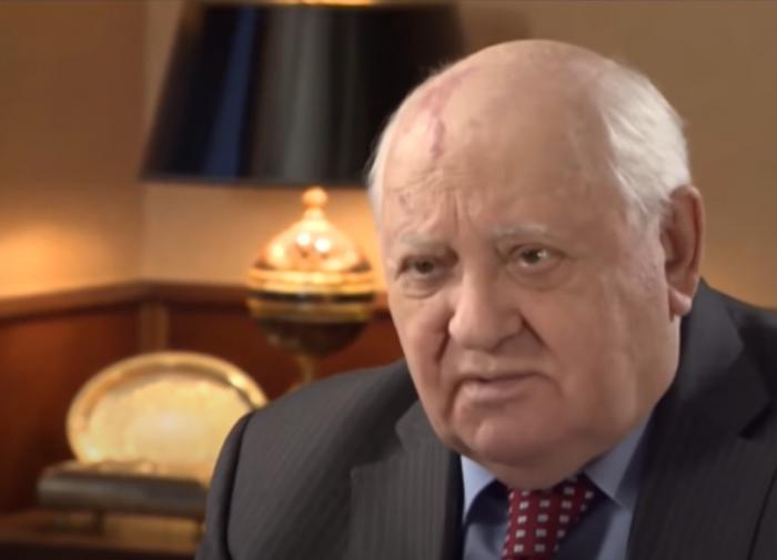Михаил Горбачёв назвал два фактора, уничтоживших СССР