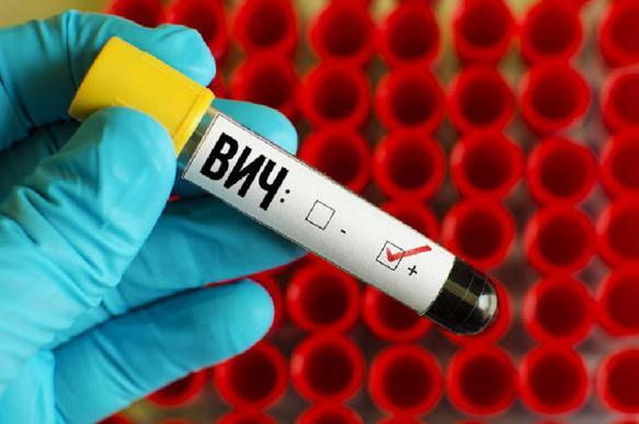 Роспотребнадзор назвал частые пути заражения ВИЧ-инфекцией
