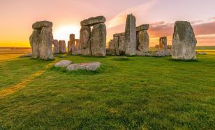 Стоунхендж построили из более древнего валлийского памятника