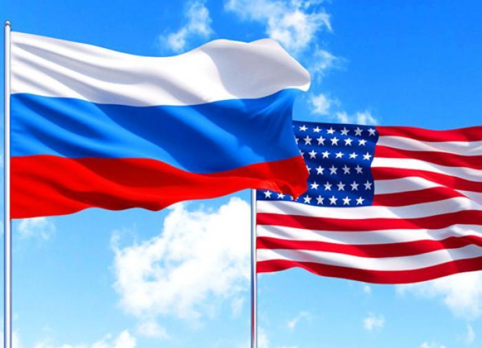 Антон Пономарев: Клинтон вспомнил про Россию. Память Барака пока буксует