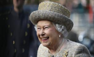 Елизавета II разыграла американских туристов, которые ее не узнали
