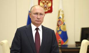 Путин призвал глав регионов помочь перевозчикам пассажиров
