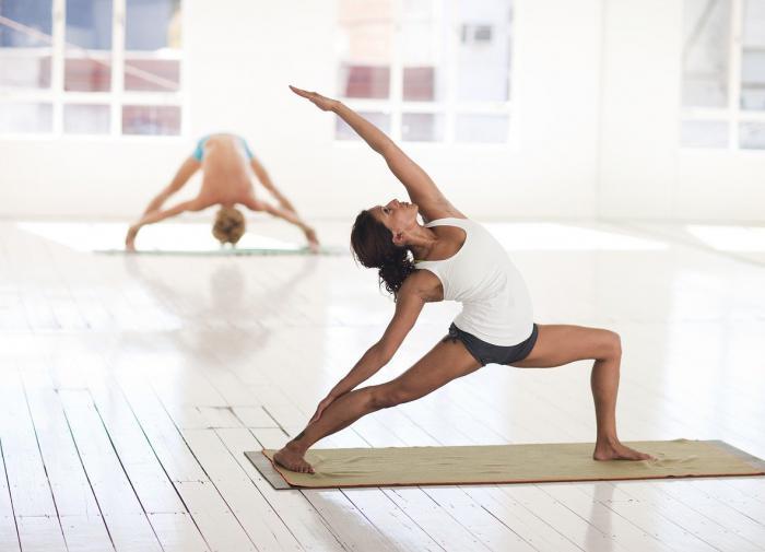 Йога поможет избавиться от тревожных симптомов