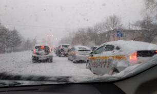 В Приморье из-за снежного циклона настал транспортный коллапс