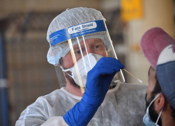 Прирост новых заболевших коронавирусом в Москве увеличился на 20%
