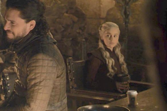 """Фанаты сериала """"Игра престолов"""" требуют от HBO переснять последний сезон"""
