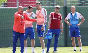 Футболисты Сборной России меньше чем за два года получили почти три миллиона евро. За что?