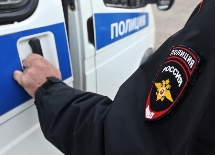 В Москве полицейские задержали молодого человека, который стрелял возле школы