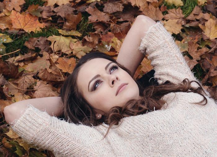 Мария Николаева объяснила, как отличить осеннюю хандру от депрессии
