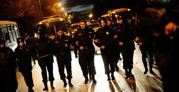 Полиция выявляет погромщиков в Бирюлеве через фото в интернете