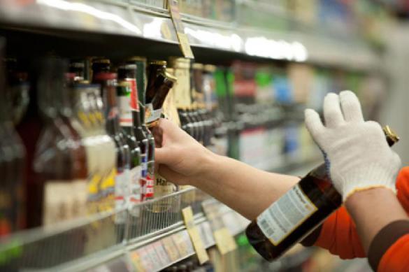 Депутат Госдумы предложил перенести продажу алкоголя и сигарет в специализированные магазины