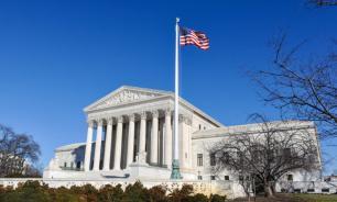 """Верховный суд США отказался добавить """"гражданство"""" в бланки переписи"""
