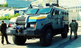Цитадель на колесах: киевская элита прячется в броневики