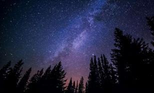 До конца мая жители РФ смогут наблюдать в небе МКС
