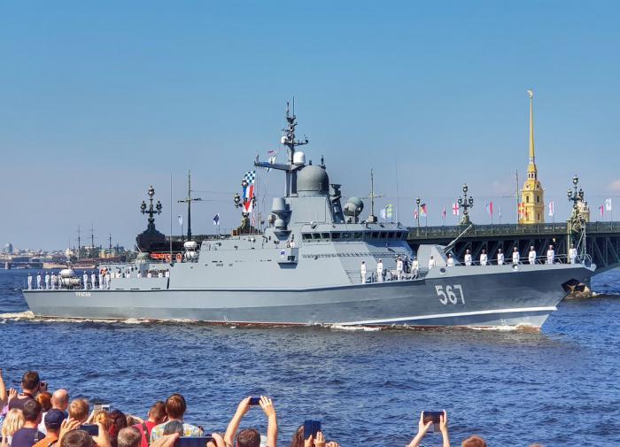В Петербурге будут производить детали для кораблей с помощью лазера