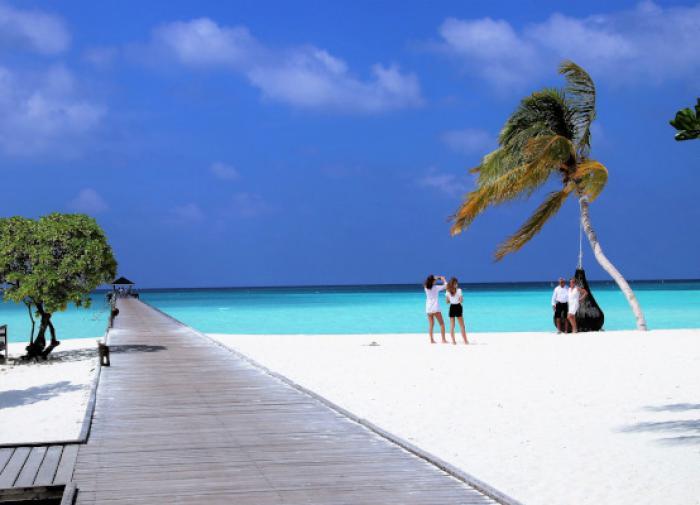 Российские туристы заняли первое место по численности на Мальдивах