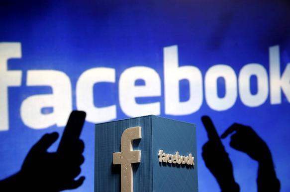 Акционеры Facebook предложили снять Цукерберга с поста главы правления