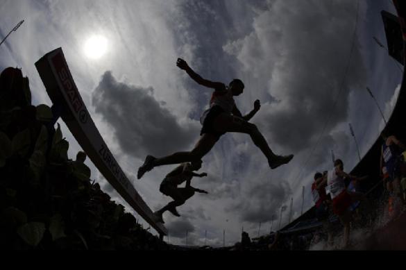 Олимпийский чемпион попал в ДТП с автобусом в Кении
