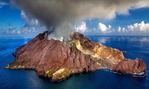 Среди жертв извержения вулкана на острове Уайт-Айленд есть иностранцы