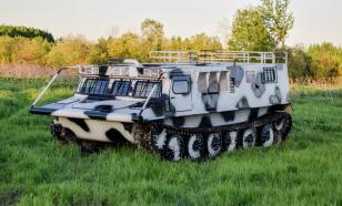 На базе военного тягача в России создали новый снегоболотоход