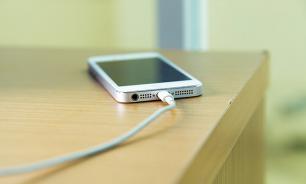 Школьницу из Мордовии убил телефон мощным разрядом тока