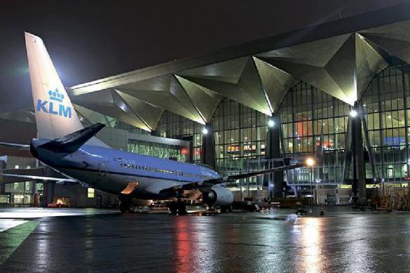 В Петербург прибыл самолет с российскими туристами с Кипра