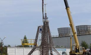 За романтикой - в Чебоксары, а не в Париж: в городе установили копию Эйфелевой башни