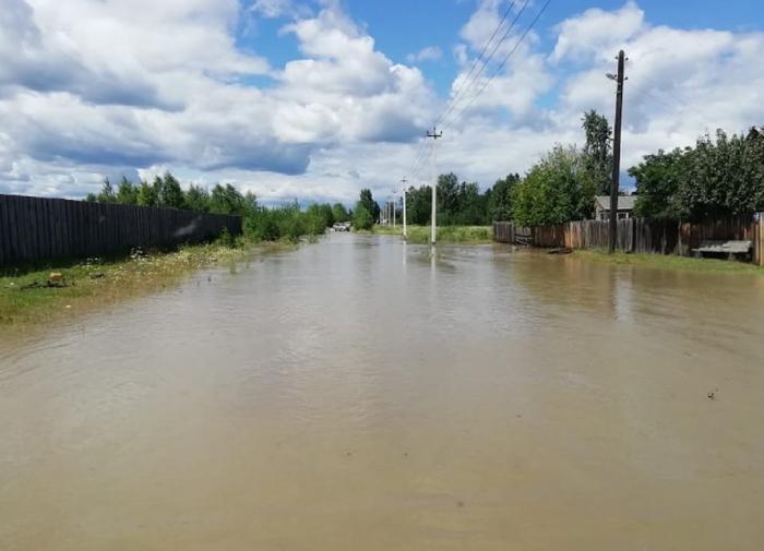 В Иркутской области вода опять смывает дома. Теперь в Ангарске