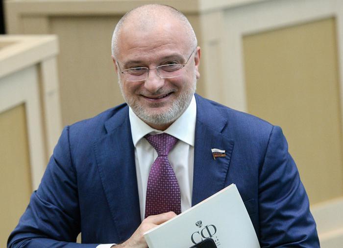 Закон о губернаторских сроках могут принять до конца года в РФ