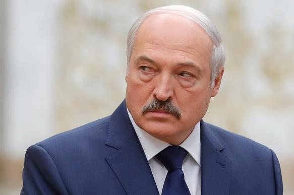 Лукашенко: белорусы живут в прекрасном, но опасном месте