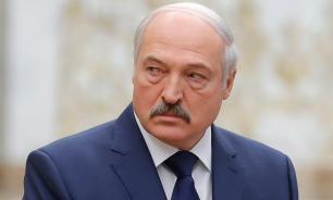 """Лукашенко: белорусы живут """"в прекрасном, но опасном месте"""""""