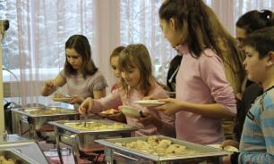 В июне из детских лагерей изъяли 28 тонн небезопасных продуктов