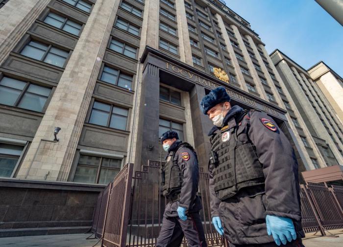 Николай Говорин призвал наказывать нарушителей масочного режима