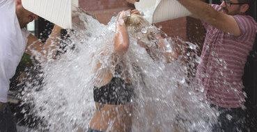 Глава Роспотребнадзора: К Ice Bucket Challenge нужно готовится 21 день