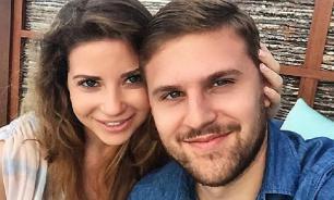 Дочь Юдашкина сбежала из Гонконга в Россию