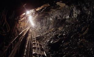 Четверо горняков пропали без вести при пожаре в шахте в Донбассе