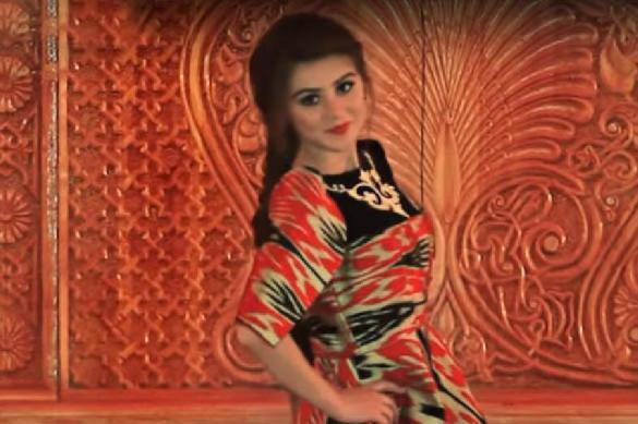 Таджикский дресс-код для женщин: запрещены хиджабы и мини-юбки