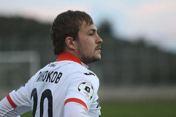 Футболист Панюков: Минус 40% зарплаты - это очень больно
