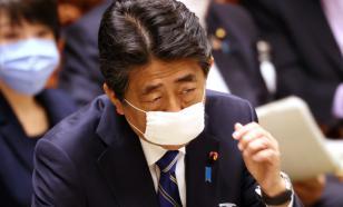 Эксперт: Абэ давно мечтает изменить Конституцию Японии