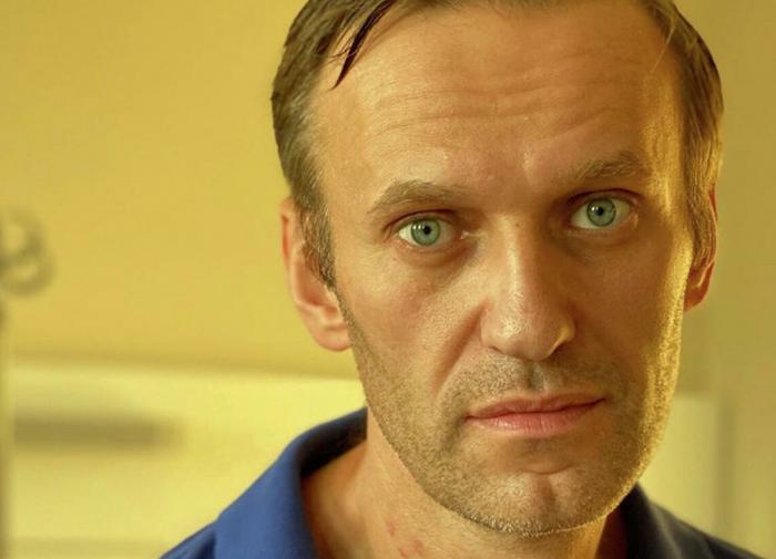 Навальный объяснил, почему к нему не пускают врача