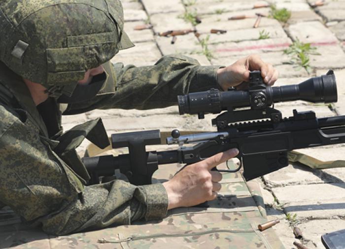 Во время тактических учений снайперы стреляли из новых винтовок СВ-98