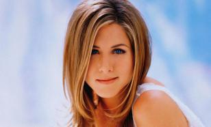 На чем ездят звезды Голливуда: автопарк Дженнифер Энистон