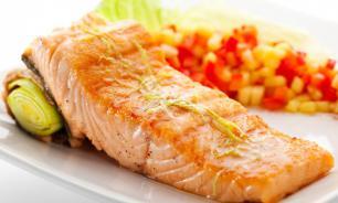Исследование: употребление рыбы снижает риск развития рака кишечника