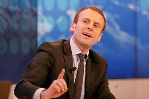 Макрон заговорил о необходимости перезагрузки отношений ЕС - Россия
