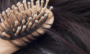 На волоске от лысины: опасные мифы о шампунях