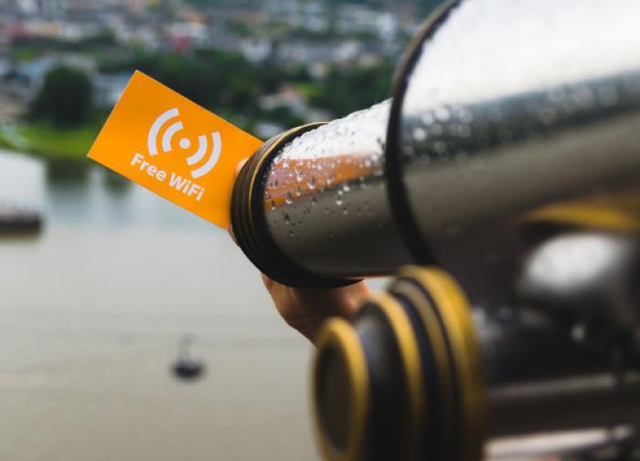 Красноярские власти запретили бесплатный Wi-Fi в торговых центрах