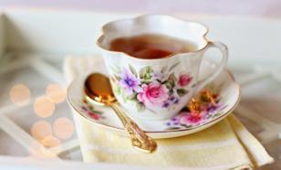 Россиянам рекомендуют отказаться от чая и кофе при простуде