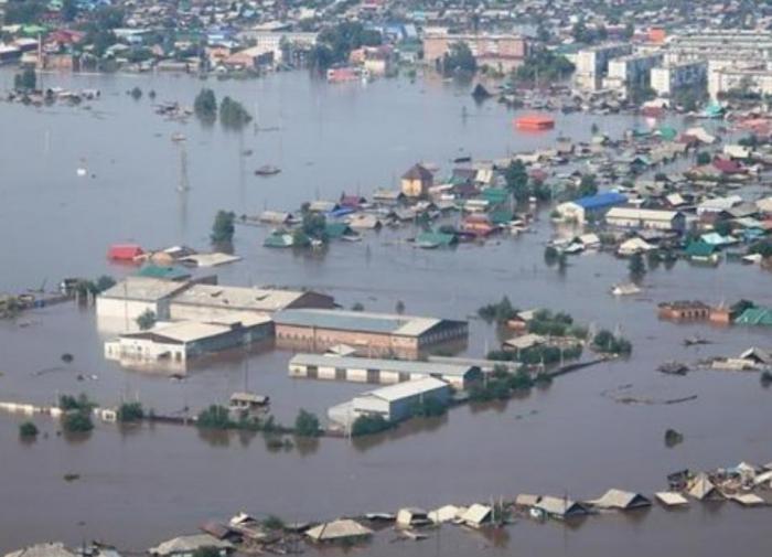 В Тулун возвращаются жители после паводка