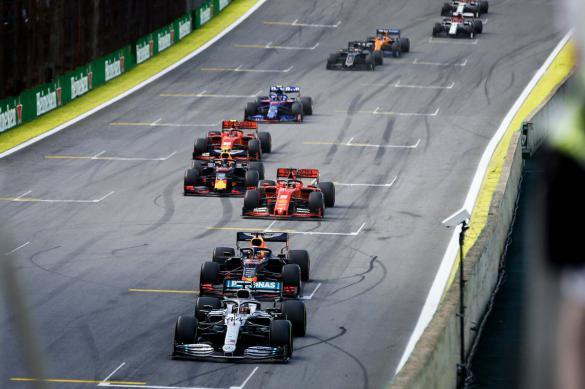 """В Сочи могут состояться сразу две гонки """"Формулы-1"""""""