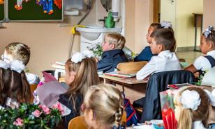 К 2024 году в каждой российской школе появятся театры и спортклубы